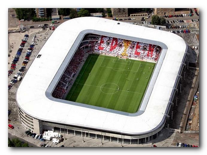 Eden Aréna: stadio di calcio a Praga, nella Repubblica Ceca
