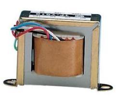 trasformatore convenzionale che è collegato alla frequenza di rete