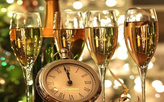 Sfondi con candele, bicchieri, mezzanotte, San Silvestro