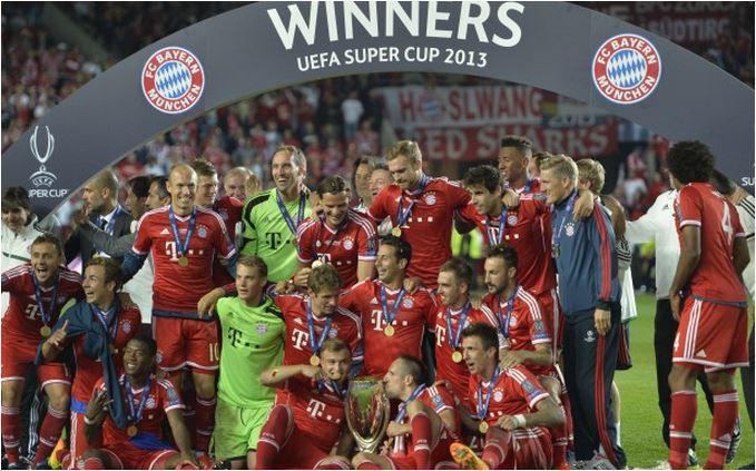 Foto festeggiamenti Bayern Monaco vince supercoppa Uefa