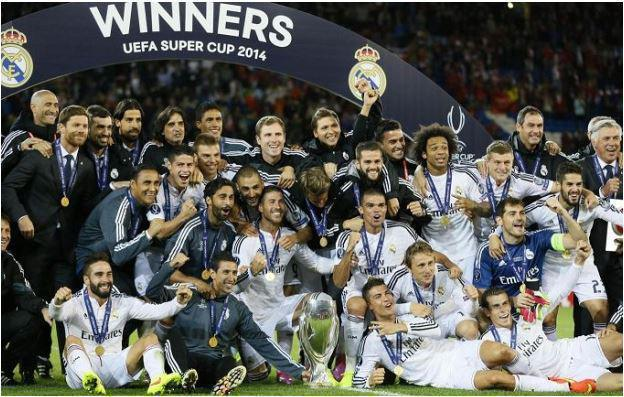 Foto festeggiamenti Real Madrid vince supercoppa Uefa
