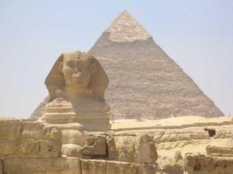 Piramide di Cheope con sfinge