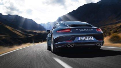 Porsche 911 Carrera, durante la prova su strada