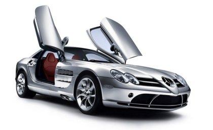 Wallpapers Mercedes Benz con apertura sportelli verso l'alto