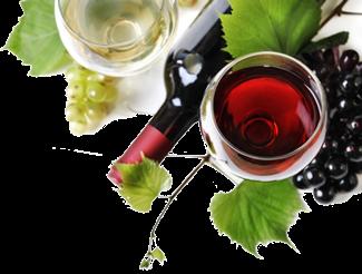 Bottiglia di vino rosso con 2 bicchieri e uva