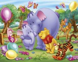 Winnie the Pooh che gioca con gli amici