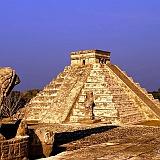 Foto Piramide di kukulkan
