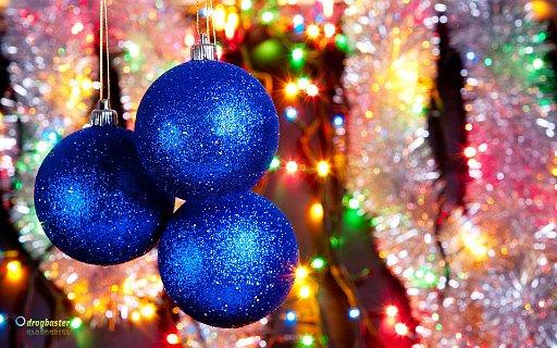 Sfondo Palline natalizie e decorazioni per l'albero di Natale