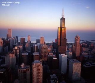 La Willis Tower, nota anche come Sears Tower, è un grattacielo che sorge a Chicago