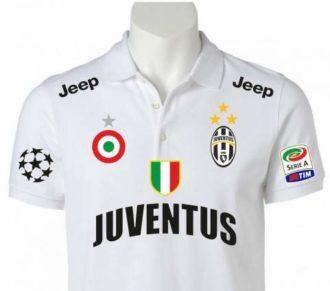 coccarda coppa italia esibita nella maglia della squadra