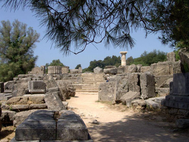 L'antica Olympia e il fascino delle rovine