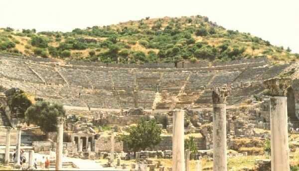 Le 7 Meraviglie del Mondo. Il tempio di Artemide ad Efeso